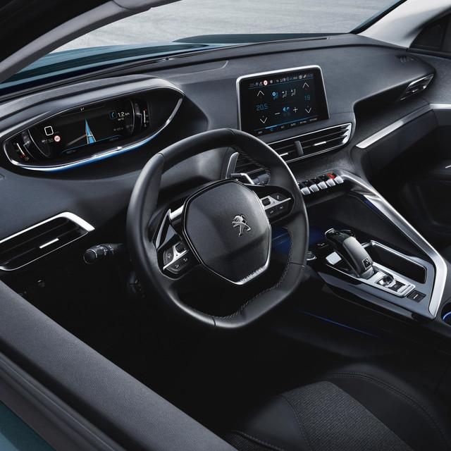 Nouveau SUV PEUGEOT 5008 : Nouveau Peugeot i-Cockpit®