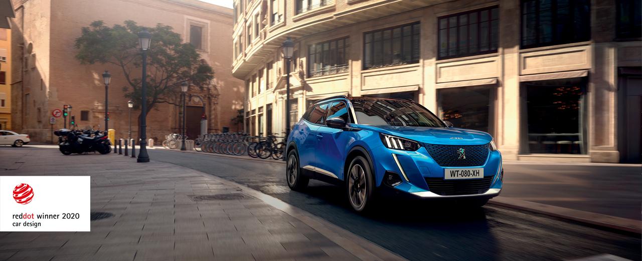 Otkrijte novi, kompaktni SUV PEUGEOT e-2008 i prednosti vezane za njegove motore. Uživajte u osećajima u vožnji na elektro pogon i istražite brojne adute nove e-pokretljivosti